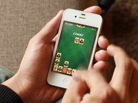 Outlaw Poker iPhone Game