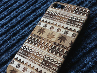 BAMBOO IPHONE CASE - WOOD PATTERN