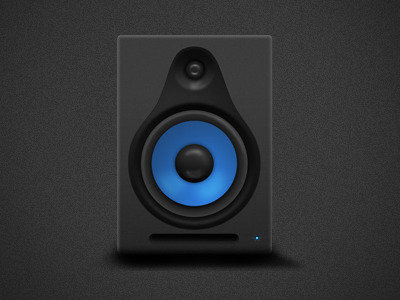 Studio_speaker_showcase